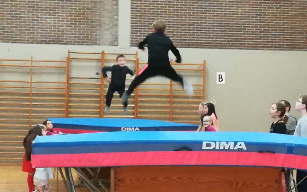 les photos de nos élèves (p2)  à Louvain en classe sportive.